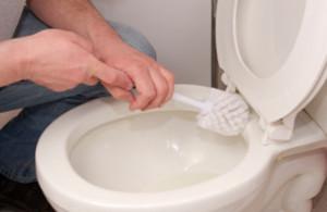 tvätta toalett